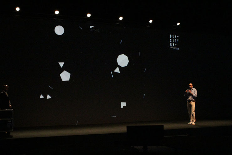 Paolo Ciuccarelli presenting our TwitterWall visualization at #FOI12 - Frontiers of interaction 2012, in Cinecittà (Rome)